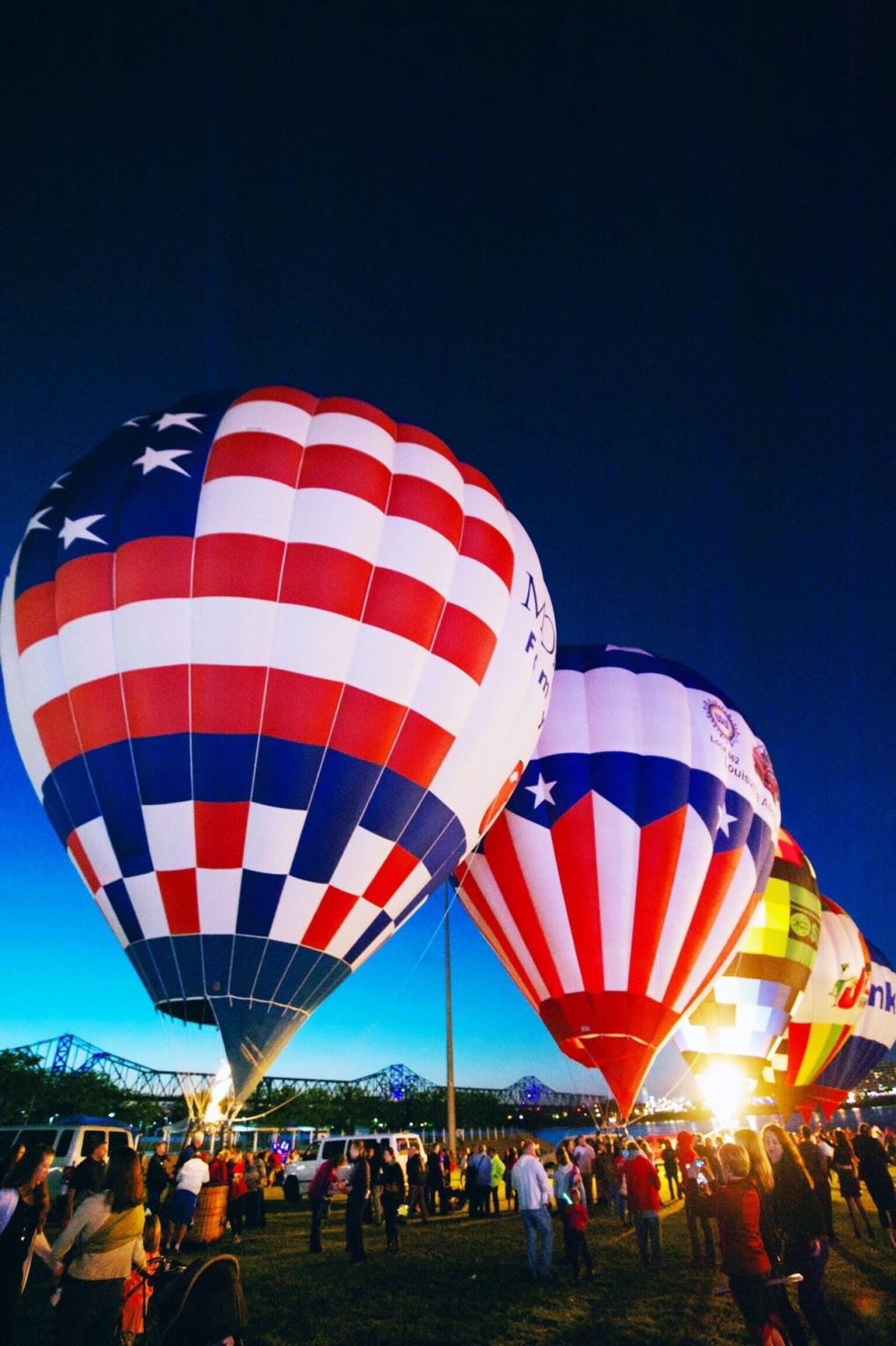 USA Balloon Glimmer on the Louisville Waterfront