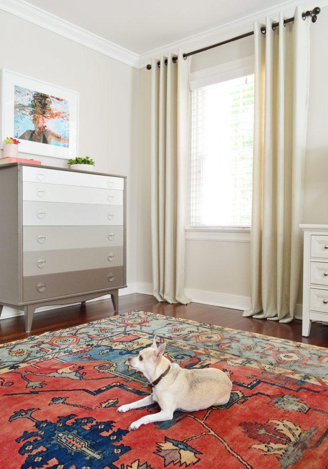 Vintage-Bedroom-Rug-Burgerl-650x929